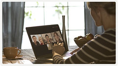 Try Group video calling on Skype 5.3 for Mac OS X