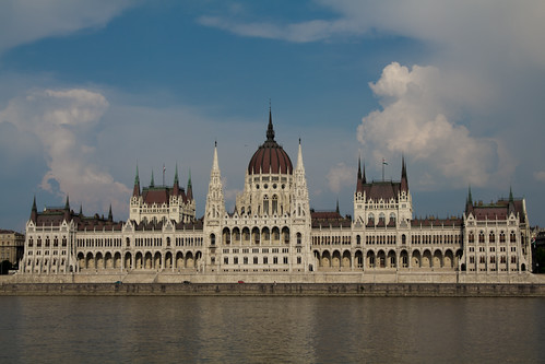 I 10 posti da vedere assolutamente in un weekend a budapest for Votazioni parlamento oggi