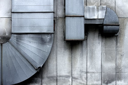 urban industry japan wall concrete aluminum industrial geometry patterns shapes 日本 desaturated nocrop gifu vents ductwork 岐阜県 airconditioningducts 30mmsigmaf14 canon50d gifuprefecture 岐阜市