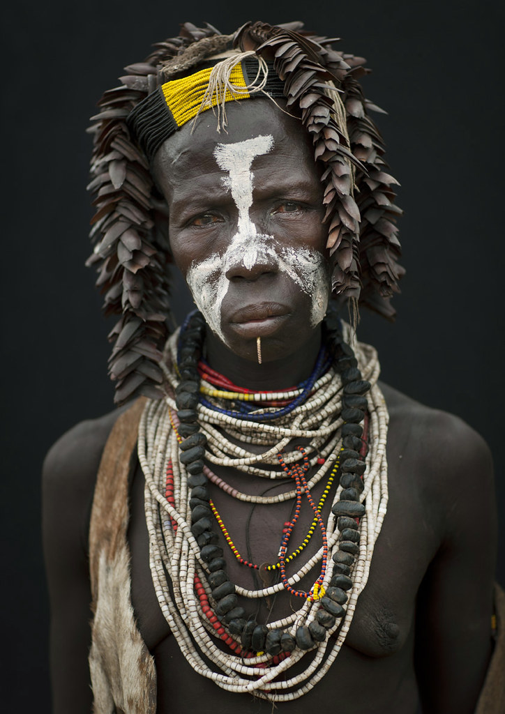 Karo tribe woman - Ethiopia - Tribes of the World