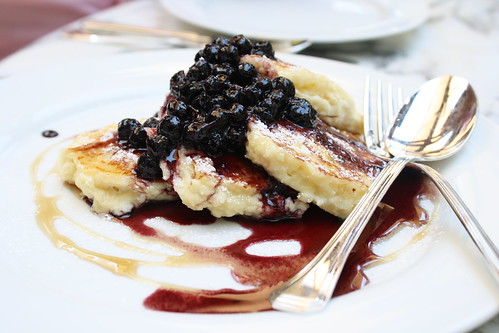 Ricotta Hotcakes with Blueberry Compote