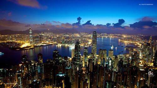 road sunset red hk sunrise hongkong twilight magic hong kong 香港 runway 雲彩 跑道 lugard 盧吉道 peaksunrise