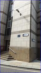 Photo of Salisbury Court Playhouse blue plaque