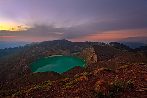 lake flores indonesia volcano day cloudy ende 3colors kelimutu
