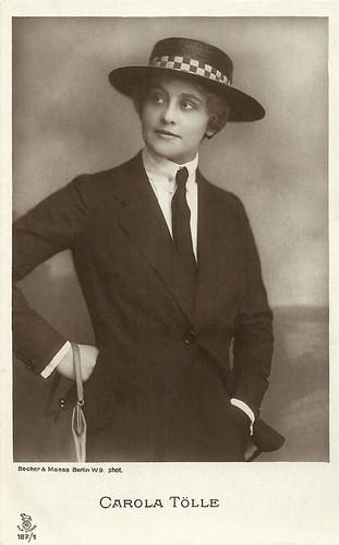 Carola Toelle