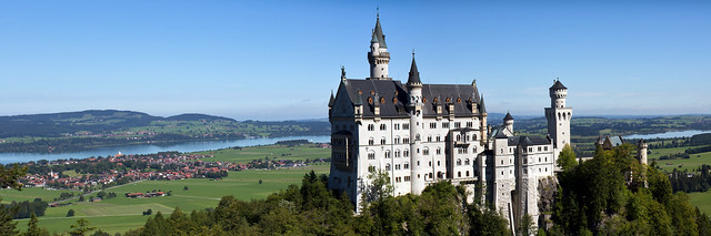 Neuschwanstein Castle - Panoramic view