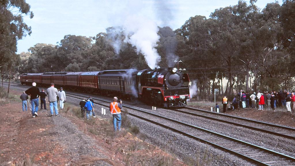 R703 at Avenel by michaelgreenhill