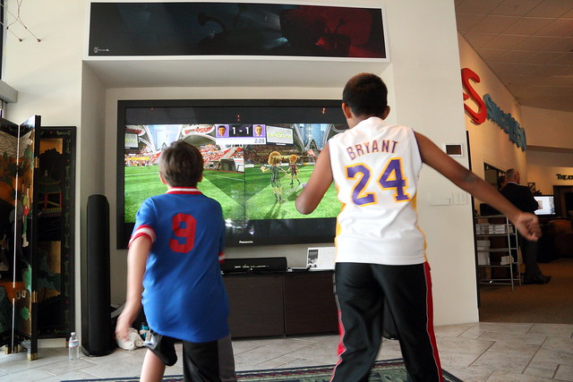 kids playing xbox kinect flickr photo sharing stereologic stereological imaging
