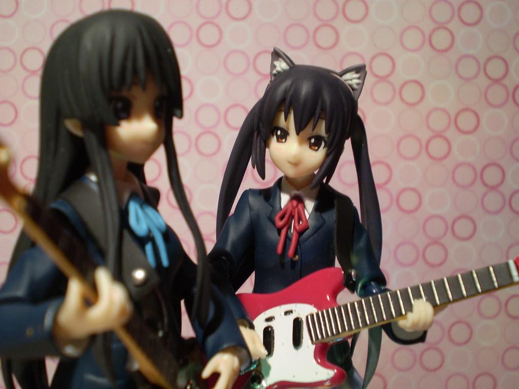 Mio & Azusa Rehearse a New Song