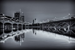 Mill Ave Bridge N BnW