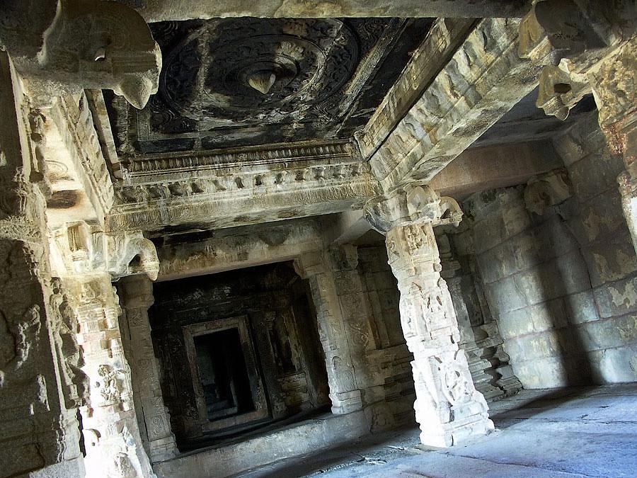 История Священной Земли (Индия)