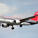 Northwest Airlines Airbus A320-212; N334NW@DCA;19.07.1995