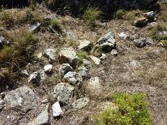 Sommet du Castellacciu : restes d'un mur d'enceinte
