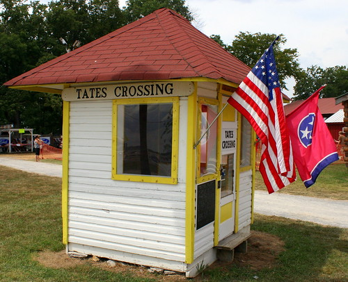 Tates Crossing, TN Flag Station