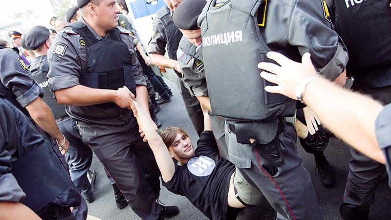 Москва, Триумфальная площадь, акция в защиту 31 статьи Конституции