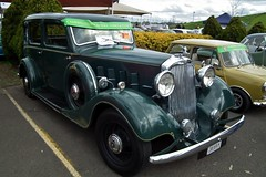 packard super eight(0.0), packard 120(0.0), rolls-royce phantom ii(0.0), rolls-royce silver ghost(0.0), rolls-royce silver dawn(0.0), touring car(0.0), cadillac v-16(0.0), automobile(1.0), rolls-royce phantom iii(1.0), vehicle(1.0), antique car(1.0), vintage car(1.0), land vehicle(1.0), luxury vehicle(1.0), motor vehicle(1.0),