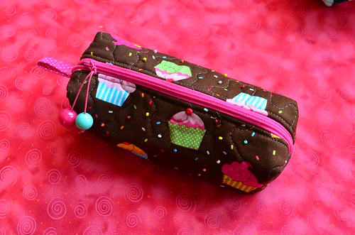 Necessaire cupcake chocolate by Maria Sica