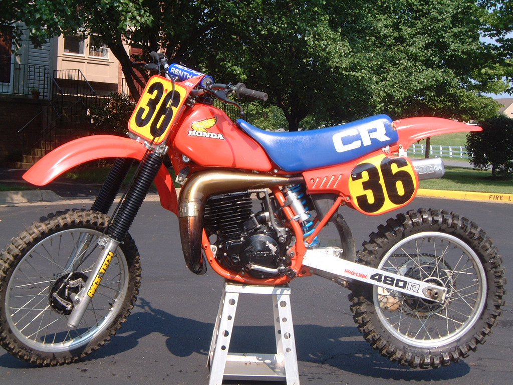 Cool 1982 Honda Cr Dealer Into Video Moto Related