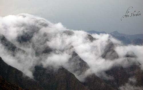 mountains fog withdrawal جبال ضباب سحب ابها السوده عسير