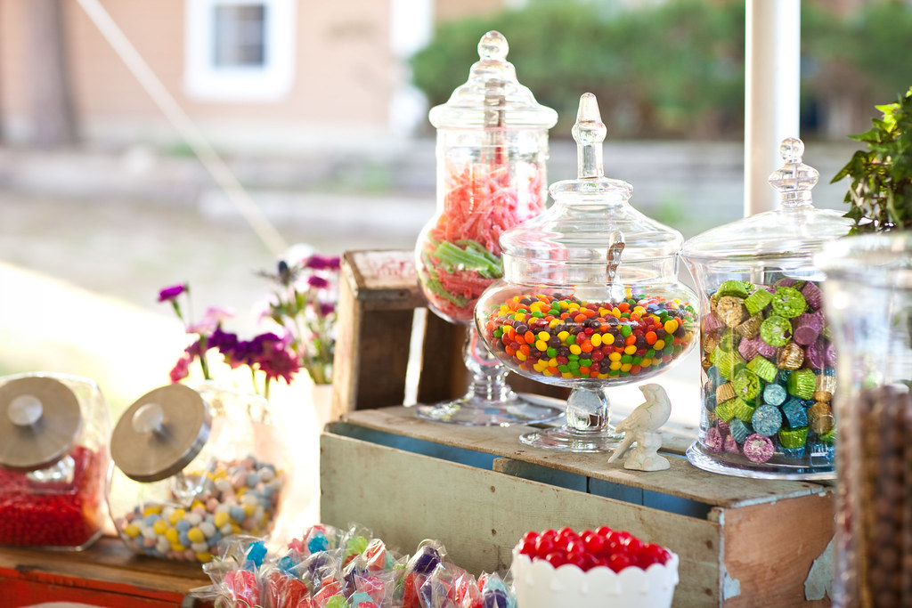 candy buffet ideas how to save money and up your sweets table game rh offbeatbride com  cheap ideas for candy buffet