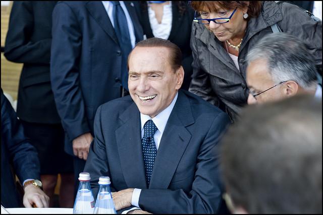 Qpa renzi e berlusconi incontrano i gruppi parlamentari for Parlamentari forza italia