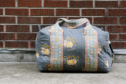 Travel Handmade: Duffel Bag! by Jeni Baker