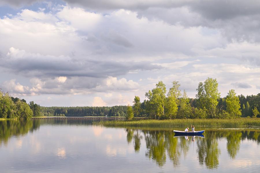 Fishing on the Lake Uzhin