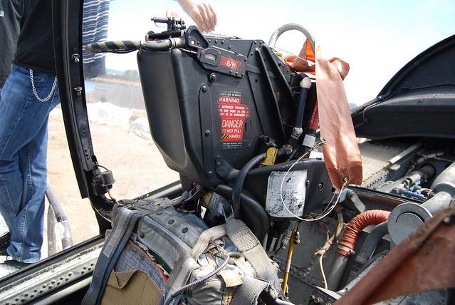 Refeuing operator's ejection seat