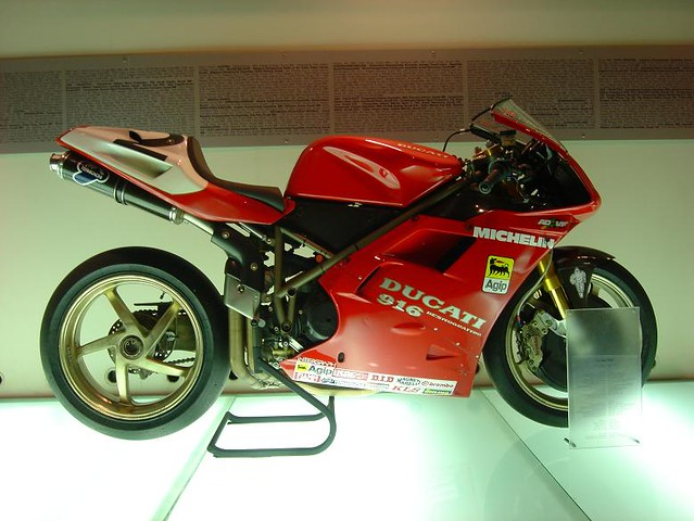 Borgo Panigale, Ducati museum, Carl Fogarties 916 2