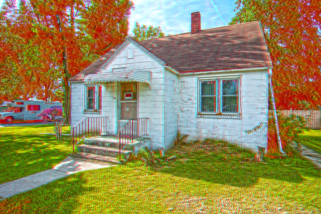 Anaglyph small concrete block house flickr photo sharing for Houses for small blocks
