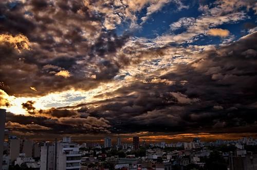 city sunset sky argentina clouds buildings atardecer edificios day cloudy ciudad cielo nubes ocaso biuenosaires