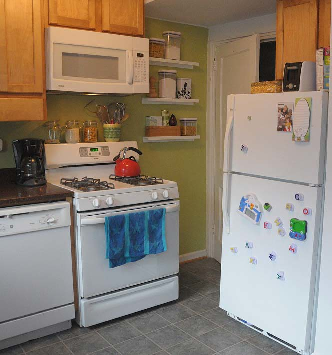 RIBBA Shelves in Kitchen