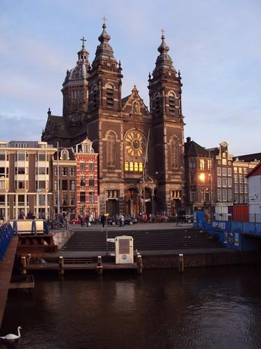 Amsterdam, Holland by zannnielim