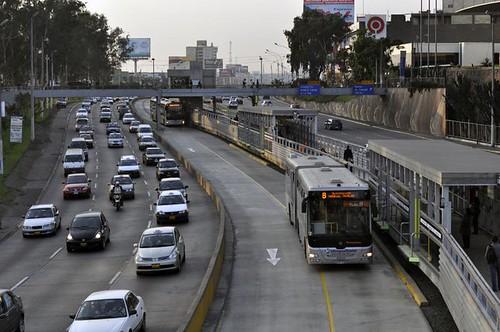 Lima-metropolitano-station2