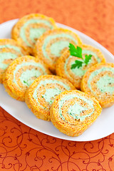 Carrot and cream cheese roll