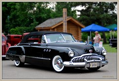 automobile, automotive exterior, vehicle, automotive design, buick roadmaster, buick super, compact car, antique car, sedan, classic car, vintage car, land vehicle, luxury vehicle, convertible, motor vehicle,