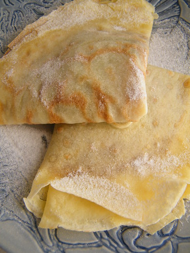 Panqueques con Dulce de Leche by katiemetz, on Flickr