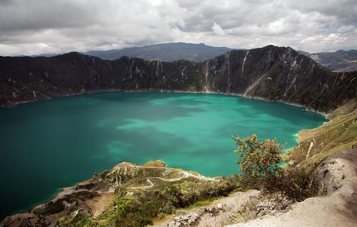 lake mountains southamerica clouds landscape ecuador paisaje crater nubes andes laguna montañas quilotoa sudamérica