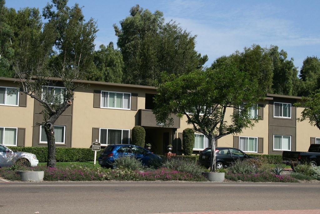 David Reed Landscape Architects 187 Blog Archive 187 Hillside Gardens Apartments San Diego California