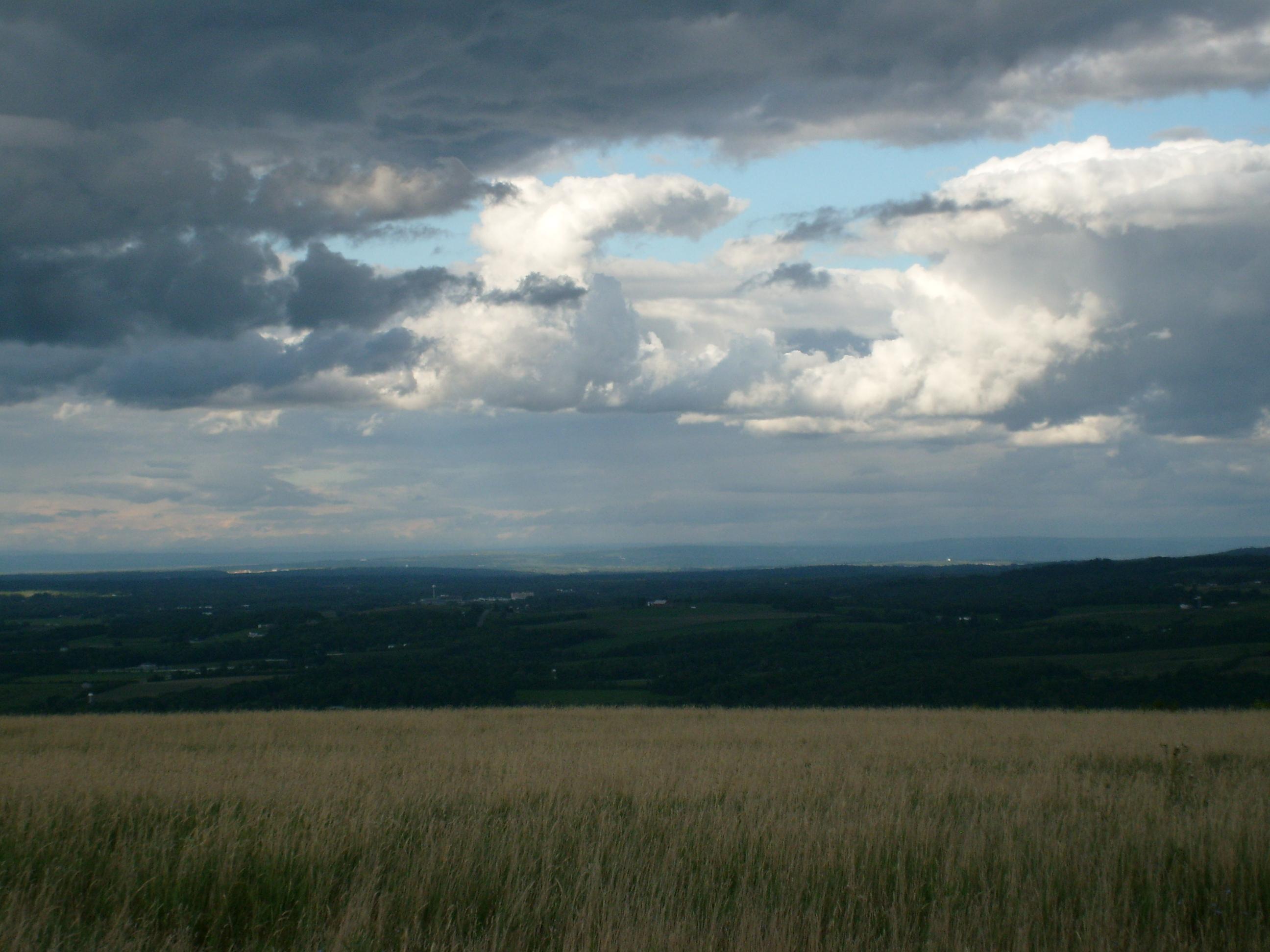 New york oneida county oriskany falls - Sun Storm Clouds Brewing Dark View Wind Front Cornstalks White Hook Cloud Nyc Newyorknewyork Newyorkny