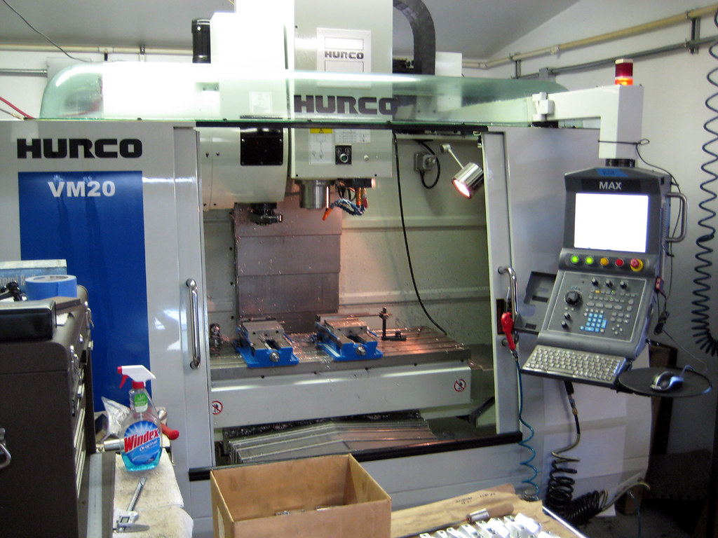 Big Brother, our Hurco VM20 machining center | A year old no