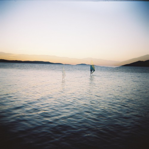 sunset film holga lomo lomography doubleexposure surfer danube holga120cfn kodak160vc dunav donjimilanovac