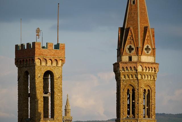 torre palazzo del Bargello e campanile Badia Fiorentina  Firenze