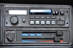automotive exterior(0.0), communication device(0.0), bumper(0.0), vehicle registration plate(0.0), vehicle audio(1.0), multimedia(1.0), electronics(1.0),