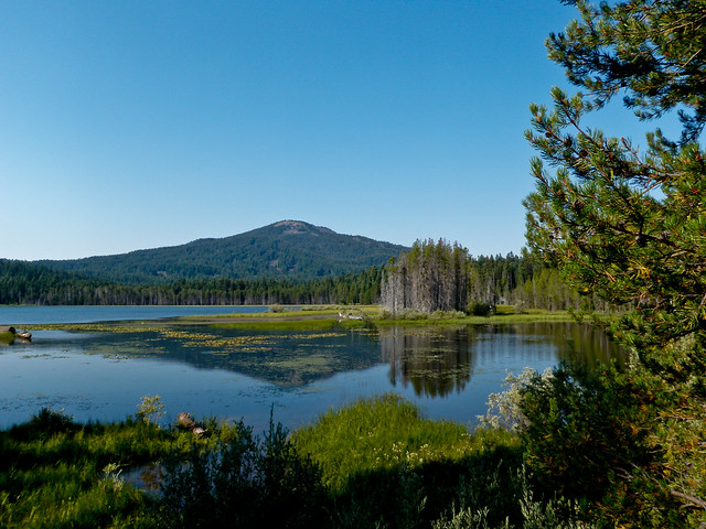 Brown mountain from lake of the woods oregon flickr photo sharing