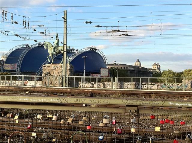 QUÉ HACER EN COLONIA: La estación de tren conecta Colonia con toda Alemania qué hacer en colonia - 6249167920 c9c2ae3475 z - Qué hacer en Colonia, Alemania
