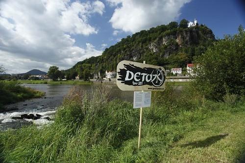 Best of DETOX tour 2011