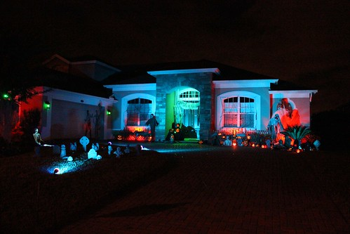 Christmas Decorating With Floodlights : Halloween home haunt at inside the magic hq inspired