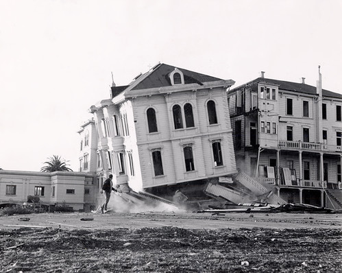 Demolition of the College of the Holy Names campus to make way for the Kaiser building, 1957