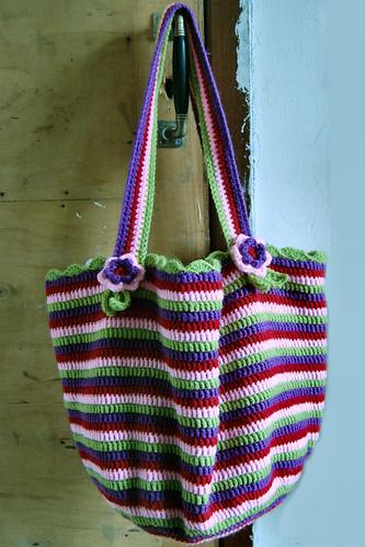 crochet bag finished by het groene kamertje